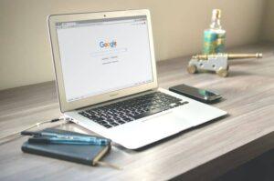 comenzi Google avansate